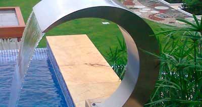 Iluminaci n y accesorios para piscina igui cali colombia - Fuentes para piscinas ...